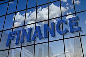 Как выбрать надежный банк для вклада в 2018 году